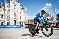 Einer Augusto Rubio (COL/Movistar) finishing in front of the mighty Duomo in Milano<br /> <br /> 104th Giro d'Italia 2021 (2.UWT)<br /> Stage 21 (final ITT) from Senago to Milan (30.3km)<br /> <br /> ©kramon