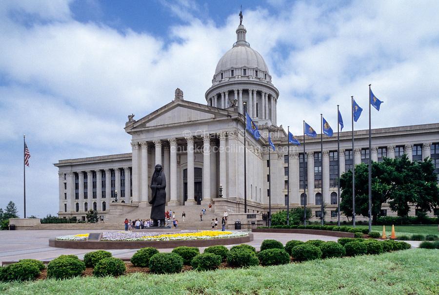 Oklahoma City, Oklahoma, USA.  State Capitol Building, front.