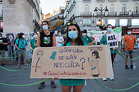 MADRID, SPAIN - JUNE 29: A health worker holds a placard  during a protest held in the afternoon in Puerta del Sol to request better working conditions, protection equipment and investment in Health to fight against the covid-19 on June 29 2020, in Madrid, Spain. The region of Madrid was the main focus of covid-19 outbreak in Spain. In al over the country, more than 50000 thousand health staff has been infected with the coronavirus since the beginning of the pandemic.(Photo by Sergio Belena/VIEWpress via Getty Images).