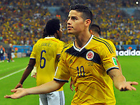 RIO DE JANEIRO - BRASIL -28-06-2014. James Rodriguez (#10) jugador de Colombia (COL) celebra un gol anotado a Uruguay (URU) durante partido de los octavos de final por la Copa Mundial de la FIFA Brasil 2014 jugado en el estadio Maracaná de Río de Janeiro./ James Rodriguez (#10) player of Colombia (COL) celebrates a goal scored to Uruguay (URU) during the match of the Round of 16 for the 2014 FIFA World Cup Brazil played at Marcana stadium in Rio do Janeiro. Photo: VizzorImage / Alfredo Gutiérrez / Contribuidor