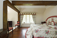 BNPS.co.uk (01202 558833)<br /> Pic:  Riverhomes/BNPS<br /> <br /> Pictured: A bedroom.<br /> <br /> A striking Victorian boathouse that has been used as a film set is on the market for £2m.<br /> <br /> The time capsule building by the River Thames was used in a film version of The Wind in the Willows and the 1996 film True Blue, about the Oxford Cambridge boat race.<br /> <br /> It has an enclosed mooring as well as two moorings on the bank, perfect for those who want to spend their days messing about in boats like Ratty and Mole.