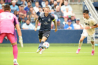 KANSAS CITY, KS - JUNE 26: Johnny Russell #7 Sporting KC drives at the LA goal during a game between Los Angeles FC and Sporting Kansas City at Children's Mercy Park on June 26, 2021 in Kansas City, Kansas.