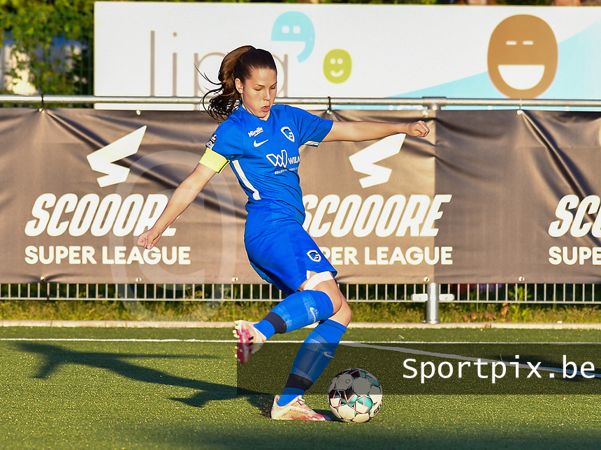 Sien Vandersanden (10) of KRC Genk in actionduring a female soccer game between  Racing Genk Ladies and White Star Woluwe on the 8 th matchday of play off 2 in the 2020 - 2021 season of Belgian Scooore Womens Super League , tuesday 18 th of May 2021  in Genk , Belgium . PHOTO SPORTPIX.BE | SPP | JILL DELSAUX