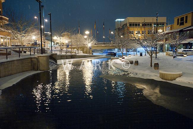 night snow storm on Pueblo's riverwalk