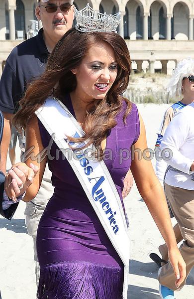 "11 September 2017 - Atlantic City, NJ- Miss America 2018 Cara Mund.  New Crowned Miss America 2018 Cara Mund takes the traditional ""Toe Dip"" in the surf at Atlantic City Beach.  Photo Credit: MJT/AdMedia"