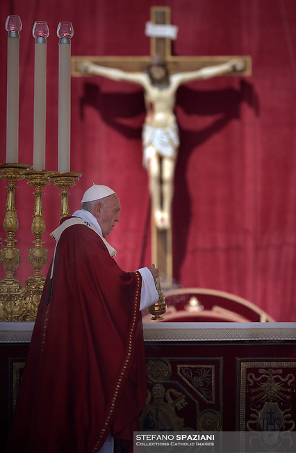 St. Peter's Square in the Vatican during the Pentecost on June 9, 2019 Pope Francis   during  the Pentecost vigil on June 8, 2019