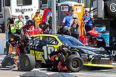 2017 NASCAR Xfinity Series<br /> DC Solar 200<br /> Phoenix International Raceway, Avondale, AZ USA<br /> Saturday 18 March 2017<br /> Matt Tifft, Surface Sunscreen / Tunity / Braingear Toyota Camry pit stop<br /> World Copyright: Russell LaBounty/LAT Images<br /> ref: Digital Image 17PHX1rl_4860