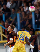 Calcio, Serie A: Frosinone vs Roma. Frosinone, stadio Comunale, 12 settembre 2015.<br /> Roma's Francesco Totti, left, and Frosinone's Mobido Diakite jump for the ball during the Italian Serie A football match between Frosinone and Roma at Frosinone Comunale stadium, 12 September 2015.<br /> UPDATE IMAGES PRESS/Riccardo De Luca