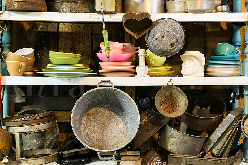 Kitchen items in a thrift shop.