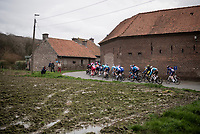 peloton twistin'&turnin' towards the finish<br /> <br /> 72nd Kuurne-Brussel-Kuurne 2020 (1.Pro)<br /> Kuurne to Kuurne (BEL): 201km<br /> <br /> ©kramon