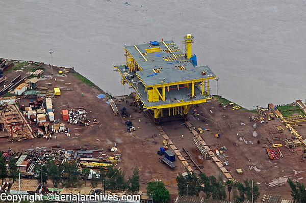 aerial photograph of the construction of an oil drilling platform at the Texas coast