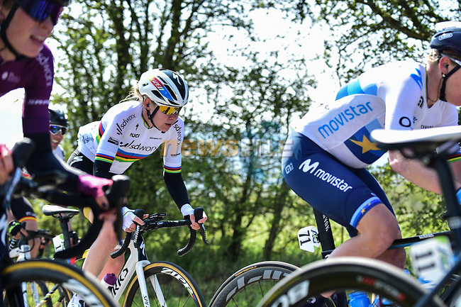 The peloton including World Champion Anna Van Der Breggen (NED) Team SD Worx during Liege-Bastogne-Liege Femmes 2021, running 141km from Bastogne to Liege, Belgium. 25th April 2021.  <br /> Picture: A.S.O./Gautier Demouveaux | Cyclefile<br /> <br /> All photos usage must carry mandatory copyright credit (© Cyclefile | A.S.O./Gautier Demouveaux)