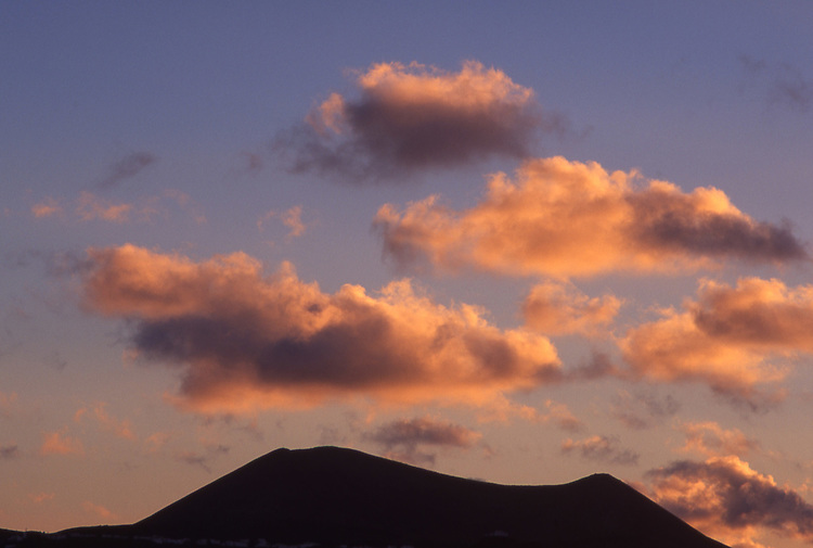 Africa, ESP, Spain, Canary Islands, Lanzarote, Volcan, Silhouette, Clouds at Sunset