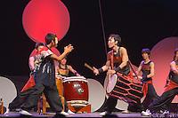 "Groupe ""Kokyo"" de Taikos japonnais, d'Osaka"