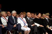 Herve Morin, Laurent Fabius - La ville de Saint-Etienne du Rouvray a organisé au parc omnisport Youri Gagarine une cérémonie en hommage au père Jacques Hamel, assassine dans son eglise par deux djihadistes.