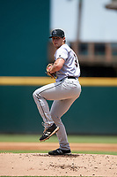 Jupiter Hammerheads starting pitcher Sam Perez (19) delivers a pitch during the first game of a doubleheader against the Bradenton Marauders on May 27, 2018 at LECOM Park in Bradenton, Florida.  Bradenton defeated Jupiter 13-5.  (Mike Janes/Four Seam Images)
