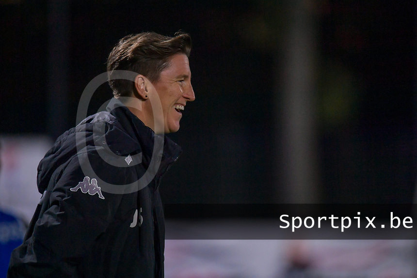 Head Coach Aline Zeler of Sporting Charleroi pictured during a female soccer game between Sporting Charleroi and Club Brugge YLA on the sixth matchday in the 2021 - 2022 season of Belgian Scooore Womens Super League , friday 8 October 2021 in Marcinelle , Belgium . PHOTO SPORTPIX | STIJN AUDOOREN