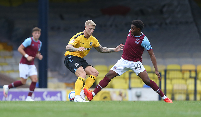 Southend United's Stephen Humphrys and West Ham United's Oladapo Afolayan<br /> <br /> Photographer Rob Newell/CameraSport<br /> <br /> EFL Trophy Southern Section Group A - Southend United v West Ham United U21 - Tuesday 8th September 2020 - Roots Hall - Southend-on-Sea<br />  <br /> World Copyright © 2020 CameraSport. All rights reserved. 43 Linden Ave. Countesthorpe. Leicester. England. LE8 5PG - Tel: +44 (0) 116 277 4147 - admin@camerasport.com - www.camerasport.com