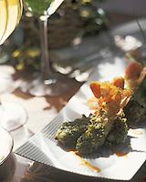 Europe/France/Aquitaine/33/Gironde/Pauillac: Queues de langoustines aux pistaches grillées, vinaigrette de verveine citron et pulpe de tomates confites au vieux Xérès - Recette de Thierry Marx chef du restaurant du chateau Cordeillan-Bages