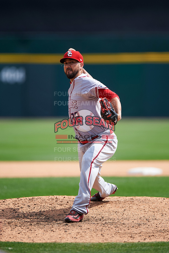 Syracuse Chiefs relief pitcher Rafael Martin (32) during a game against the Buffalo Bisons on July 31, 2016 at Coca-Cola Field in Buffalo, New York.  Buffalo defeated Syracuse 6-5.  (Mike Janes/Four Seam Images)