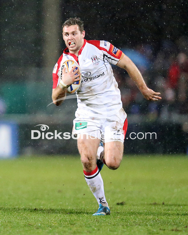 ULSTER RUGBY vs OSPREYS - Friday 7th February 2014<br /> <br /> Darren Cave races clear during the RaboDirect Pro12 League clash between Ulster Rugby and the Ospreys at Ravenhill, Belfast.<br /> <br /> Mandatory Credit - Photo John Dickson / DICKSONDIGITAL.COM