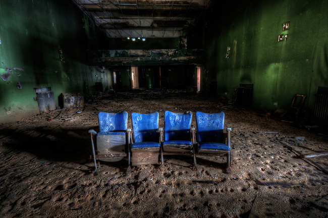 Abandoned cinema.<br /> This place was quite trashed so not so many shots.