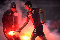 Nicolas Burdisso Genoa. Smoke Bombs on the pitch launched by Genoa supporters <br /> Genova 05-01-2016 Stadio Marassi. Football Calcio Serie A 2015/2016 Genoa - Sampdoria / foto Image Sport/Insidefoto