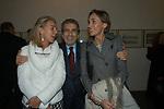 """ROBERTA LUBICH, VITTORIO MERLONI E POLISSENA DI BAGNO<br /> VERNISSAGE """" A RIVEDERCI ROMA"""" DI PRISCILLA RATTAZZI<br /> GALLERIA MONCADA ROMA 2004"""