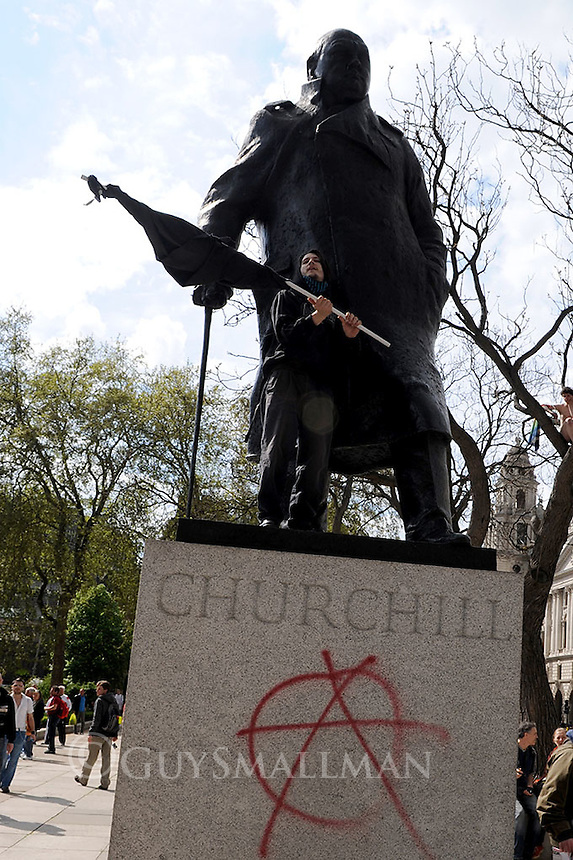The annual Mayday parade organised by the TUC marches from Clerkenwell Green to Trafalgar Square. Around 1,000 anarchists break from the parade at Trafalgar square and head for parliament square where they block the road and set up sound systems. There were a few minor scuffles with Police.