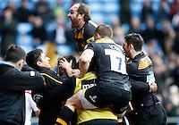 Photo: Richard Lane/Richard Lane Photography. Wasps v Harlequins. Aviva Premiership. 15/02/2015. Wasps celebrate a try by Elliot Daly .
