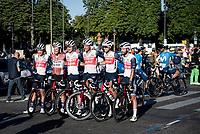 post-Tour group pic<br /> <br /> Stage 21 (Final) from Chatou to Paris - Champs-Élysées (108km)<br /> 108th Tour de France 2021 (2.UWT)<br /> <br /> ©kramon
