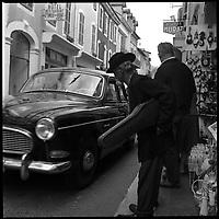 Pelerins a Lourde, Avril 1964