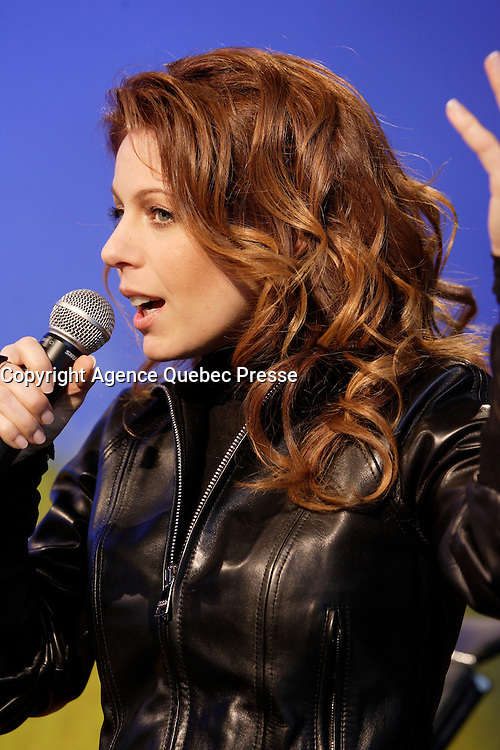 - Isabelle Boulay