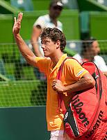 6-3-09,Argentina, Buenos Aires, Daviscup  Argentina-Netherlands,  Jesse Huta Galung bedankt het publiek na zijn verloren partij