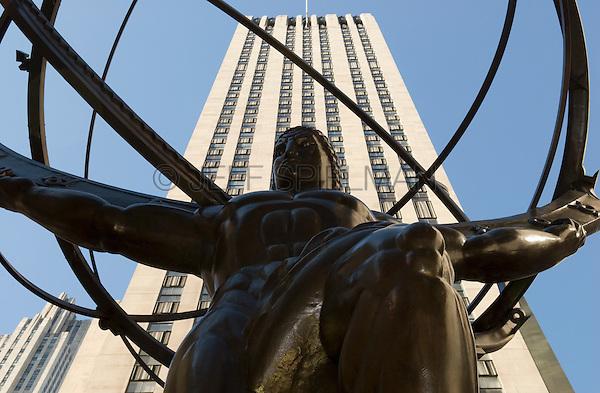 Bronze Statue of the Mythological Greek Titan Atlas (Designed by Lee Lawrie in 1937) Outside the Rockefeller Center International Building, 630 Fifth Avenue, Midtown Manhattan, New York City, New York State, USA