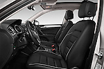 Front seat view of 2017 Volkswagen Tiguan Comfortline 5 Door Suv Front Seat  car photos