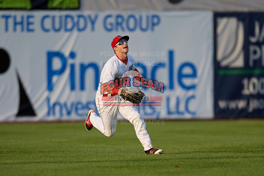 Auburn Doubledays left fielder Jonathan Pryor (7) catches a fly ball during a game against the Connecticut Tigers on August 9, 2017 at Falcon Park in Auburn, New York.  Connecticut defeated Auburn 6-4.  (Mike Janes/Four Seam Images)