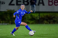 Genk's Fleur Pauwels (66) pictured during a female soccer game between Sporting Charleroi and KRC Genk Ladies on the 9th matchday of the 2020 - 2021 season of Belgian Scooore Womens Super League , friday 11 th of December 2020  in Marcinelle , Belgium . PHOTO SPORTPIX.BE | SPP | STIJN AUDOOREN