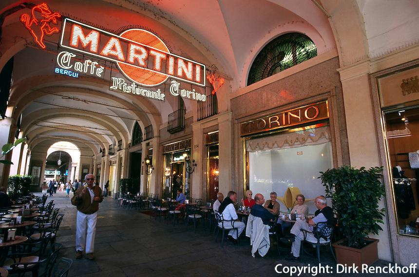 Italien, Piemont, Caffé Torino auf der Piazza San Carlo in Turin (Torino)