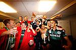 Nederland, Rotterdam, 3 mei 2015<br /> KNVB Bekerfinale<br /> Seizoen 2014-2015<br /> PEC Zwolle-FC Groningen<br /> Erwin van de Looi, trainer-coach van FC Groningen viert met zijn spelers in de kleedkamer het winnen van de KNVB Beker