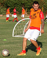 BARRANQUILLA - COLOMBIA - 05 - 01 -2017: Leonardo Pico, player of Atletico Junior, during a training session. Photo: VizzorImage / Alfonso Cervantes / Cont.
