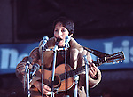 Joan Baez 1976 in Trafalgar Square.© Chris Walter.