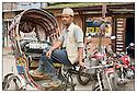 Népal<br /> Kathmandu- pilote de rickshaw