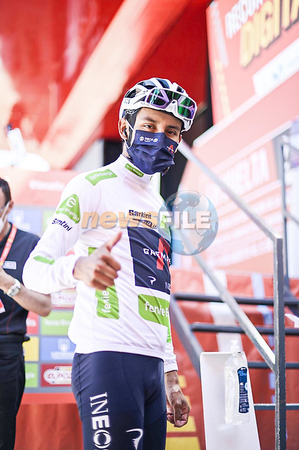 White Jersey Egan Bernal (COL) Ineos Grenadiers at sign on before Stage 4 of La Vuelta d'Espana 2021, running 163.9km from Burgo de Osma to Molina de Aragon, Spain. 17th August 2021.    <br /> Picture: Unipublic/Charly Lopez | Cyclefile<br /> <br /> All photos usage must carry mandatory copyright credit (© Cyclefile | Charly Lopez/Unipublic)