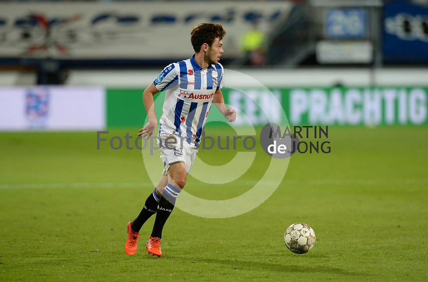 VOETBAL: HEERENVEEN: Abe Lenstra Stadion, SC Heerenveen,  Mitchell van Bergen, ©foto Martin de Jong