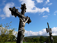 Grabkreuz, Griechisch-katholische Holzkirche St. Michael in Ladomirova, Presovsky kraj, Slowakei, Europa<br /> grave cross in Ladomirova, Presovsky kraj, Slovakia, Europe