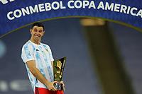 10th July 2021, Estádio do Maracanã, Rio de Janeiro, Brazil. Copa America tournament final, Argentina versus Brazil;  Emiliano Martínez of Argentina top goal scorer award