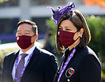 November 6, 2020 : Morning scenes from Breeders' Cup Championship Friday at Keeneland Race Course in Lexington, Kentucky on November 6, 2020. This year's Breeders' Cup looked a little different as the grandstands sat empty for the races and those who were in attendance wore masks due to the coronavirus pandemic. Bill Denver/Eclipse Sportswire/Breeders' Cup/CSM