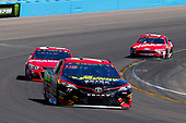 2017 Monster Energy NASCAR Cup Series<br /> Camping World 500<br /> Phoenix International Raceway, Avondale, AZ USA<br /> Sunday 19 March 2017<br /> Erik Jones, 5-hour Energy Extra Strength Toyota Camry and Ryan Newman<br /> World Copyright: Russell LaBounty/LAT Images<br /> ref: Digital Image 17PHX1rl_6016
