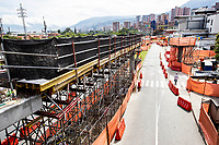 MEDELLIN - COLOMBIA, 06-05-2020: Reactivación en la construcción en Medellín durante el día 43 de la cuarentena total obligatoria en el territorio colombiano causada por la pandemia  del Coronavirus, COVID-19. / Revival of the construction sector in Medellin of during day 40 of total quarantine in Colombian territory caused by the Coronavirus pandemic, COVID-19. Photo: VizzorImage / Leon Monsalve / Cont